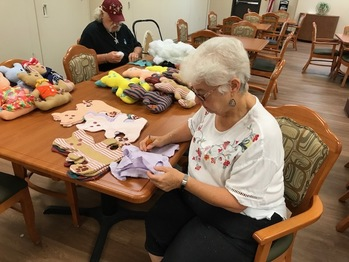 Metairie Manor Residents Give Back to the Community