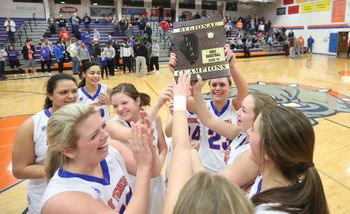 St. Teresa Girls' Basketball Wins 1A Regional Championship!