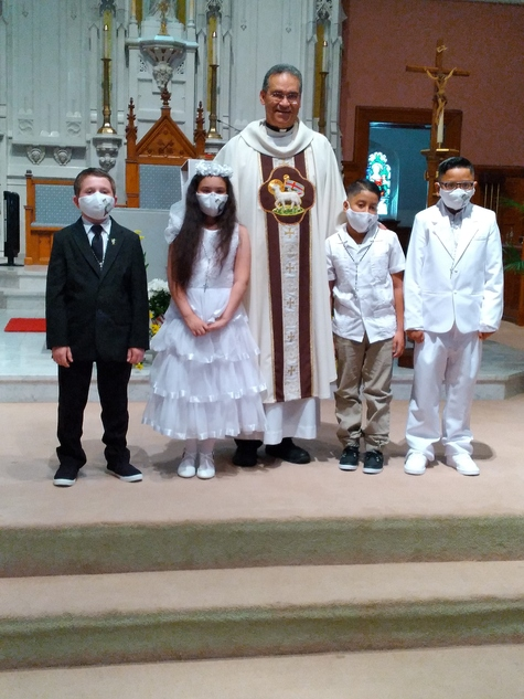 St. Francis of Assisi First Communion Students 2021.  Congratulations!