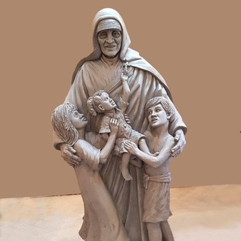 Saint Teresa of Calcutta Statue