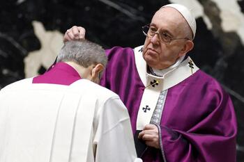 For Lent, ask if one's life is centered on God or oneself, pope says