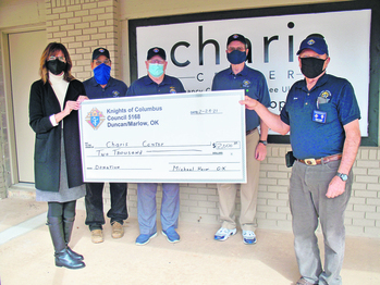 Knights of Columbus council raises funds for pregnancy resource center