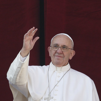 Pope: Christ's Birth Can Bring Peace, Hope To Suffering World