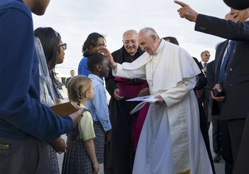 Pope Goes Back To School, Meets Students, Community In Harlem