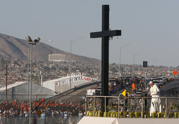 In Silence, Pope Remembers Those Who Cross Mexican-U.S. Border