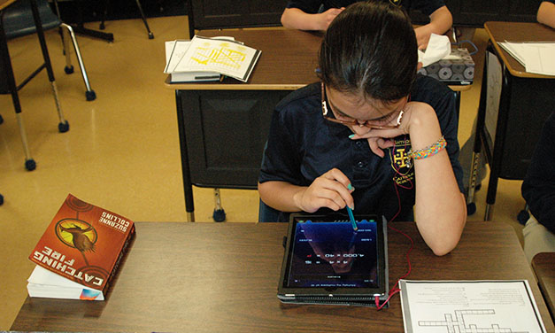 School Adds IPads to Curriculum
