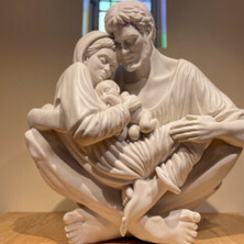 holy_family_statue