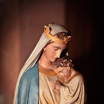 Queenship of Mary Feast Day - August 22, 7 PM