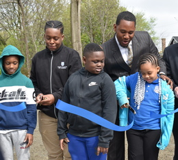 Newton Avenue Park opens in Hough