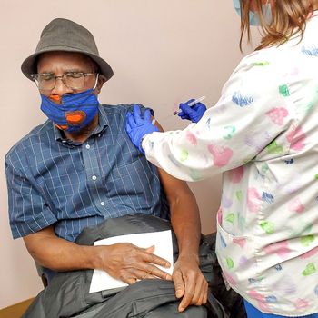 African Americans Combat Barriers to Receive COVID Vaccine