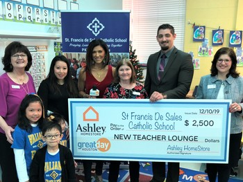 St. Francis de Sales teacher wins Red Apple Award