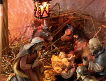 How Long Should We Celebrate the Christmas Season?