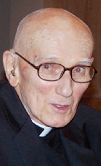 Remembering Fr. Robert Curry, S.J., St. Raphael's first Jesuit pastor
