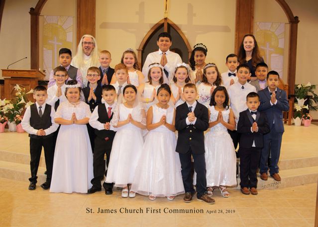 First Communion 2019 Group Picture