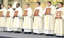 8 deacons urged to be men of service, charity