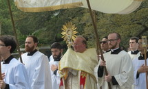 Seminarians come out of isolation for eucharistic procession