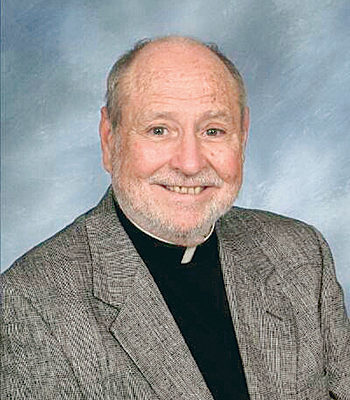Father Harry Adams, a priest for 50 years, dies at 79