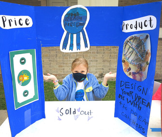 Ursuline entrepreneurs see their ideas materialize at 'Marketplace'