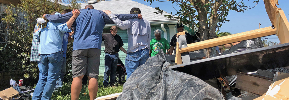 Seminarians launch weekend recovery work