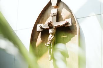 Diocese prays transparency will promote healing for a wounded Church