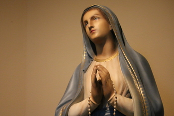 Legion of Mary glorifies God through pursuit of holiness