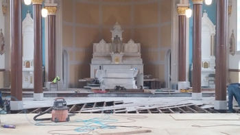 April brings new Chapel Floor