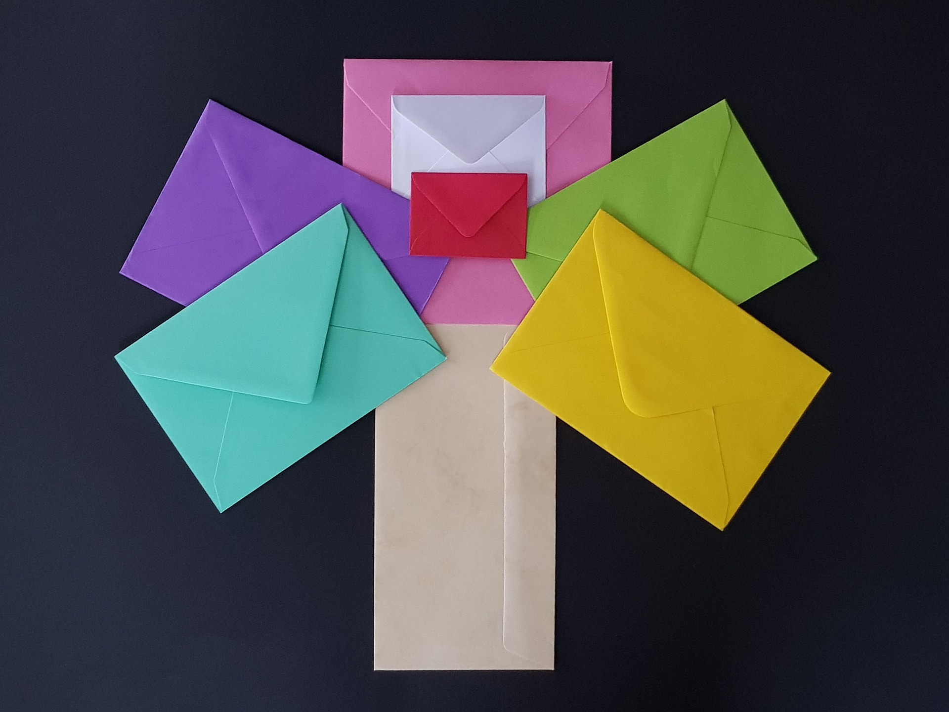 Announcements/Wednesday Mail