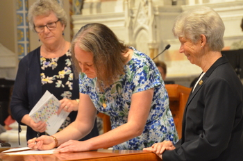 Former member of diocese joins religious congregation