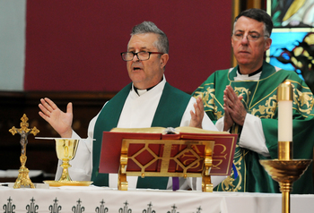 'Not-so-new pastor' now officially leads parish in Warren County