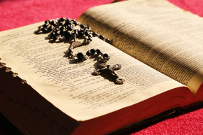 October is the month to pray the Rosary