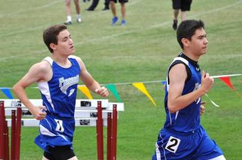 Track & Field athletes qualify for State Meet