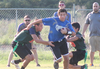 Flag Football improves to 3-0 with win over Oaks Christian School