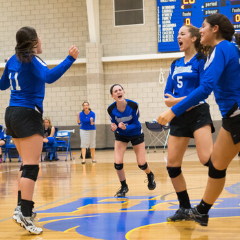 Volleyball rallies for 5-set win to claim Area Championship