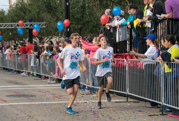 Faculty, staff, and students support Catholic Education at Steps for Students 5K