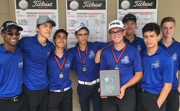 Golf team wins TAPPS District Championship