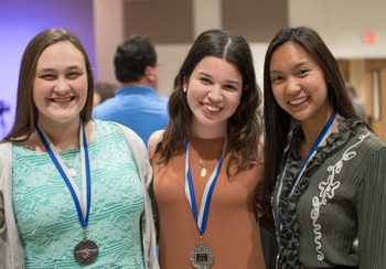 Summit Awards Ceremony recognizes student achievements