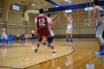 Boys Basketball wins Banff Holiday Tournament