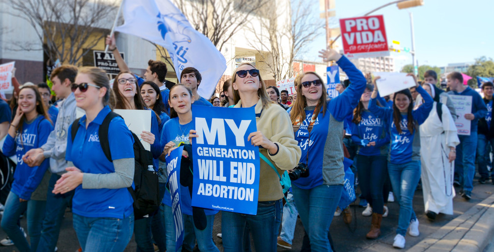 Students participate at Rally for Life in Austin | Frassati Catholic