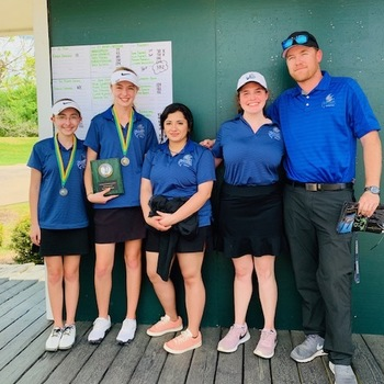 Girls Golf Team Continues Strong Play at Second Invitational of the Season