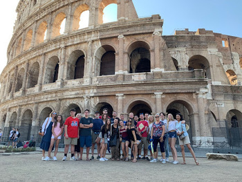 "SJM Students, Faculty, and Parents Travel to ""Bella Italia"" (Click here to read more)"