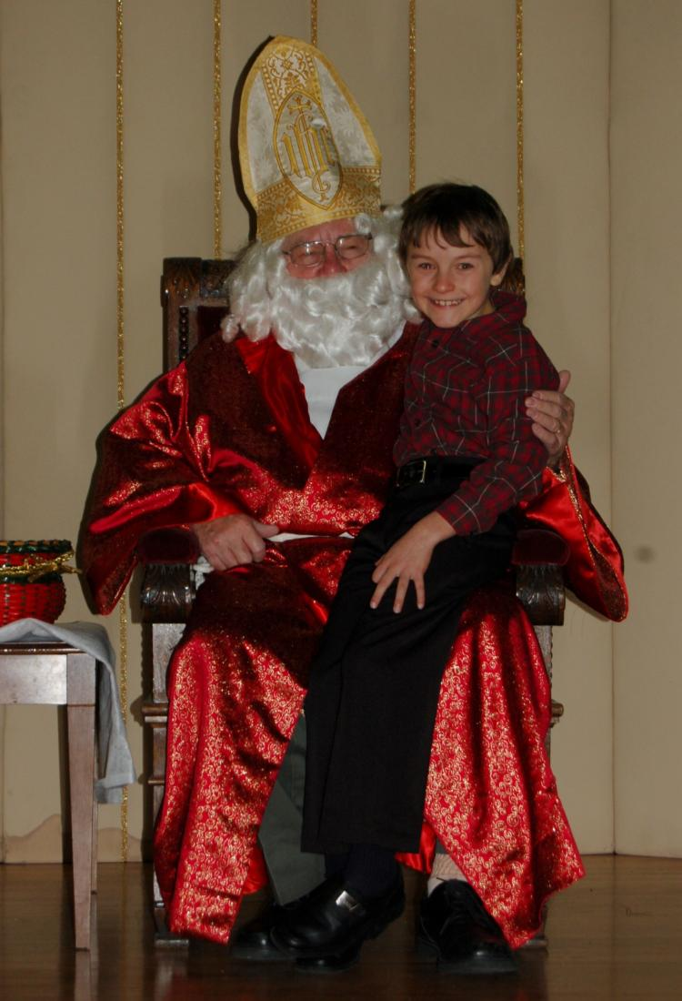St Nicholas Visits Cathedral