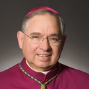 Archbishop Gomez troubled  <div>  by ICE deportation raids </div>