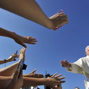 God is calling you to create hope Pope Francis tells young immigrants from Texas
