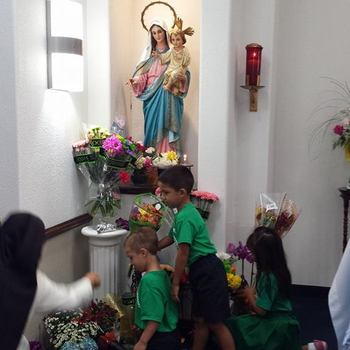 School celebrates Feast of Our Lady of the Rosary