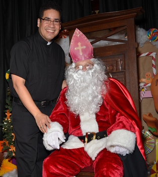 Beeville parish celebrates Feast of St. Nicholas