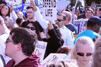 Pro-life groups embrace bill that ensures food and water