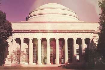 MIT holds first 'Gold Mass' for Catholic scientists, students