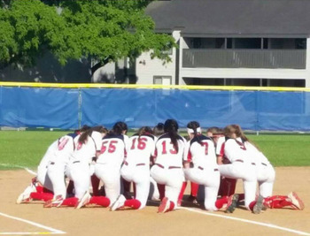 Angels softball team advance to TAPPS State