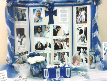 Holy Cross exhibit honors Mother Teresa