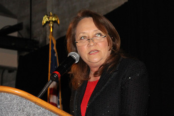 First Lady of Texas praises Catholic education at diocesan event